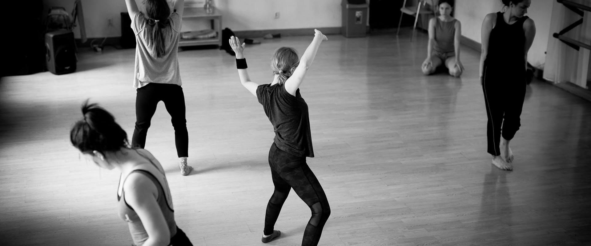 DANCING BODY