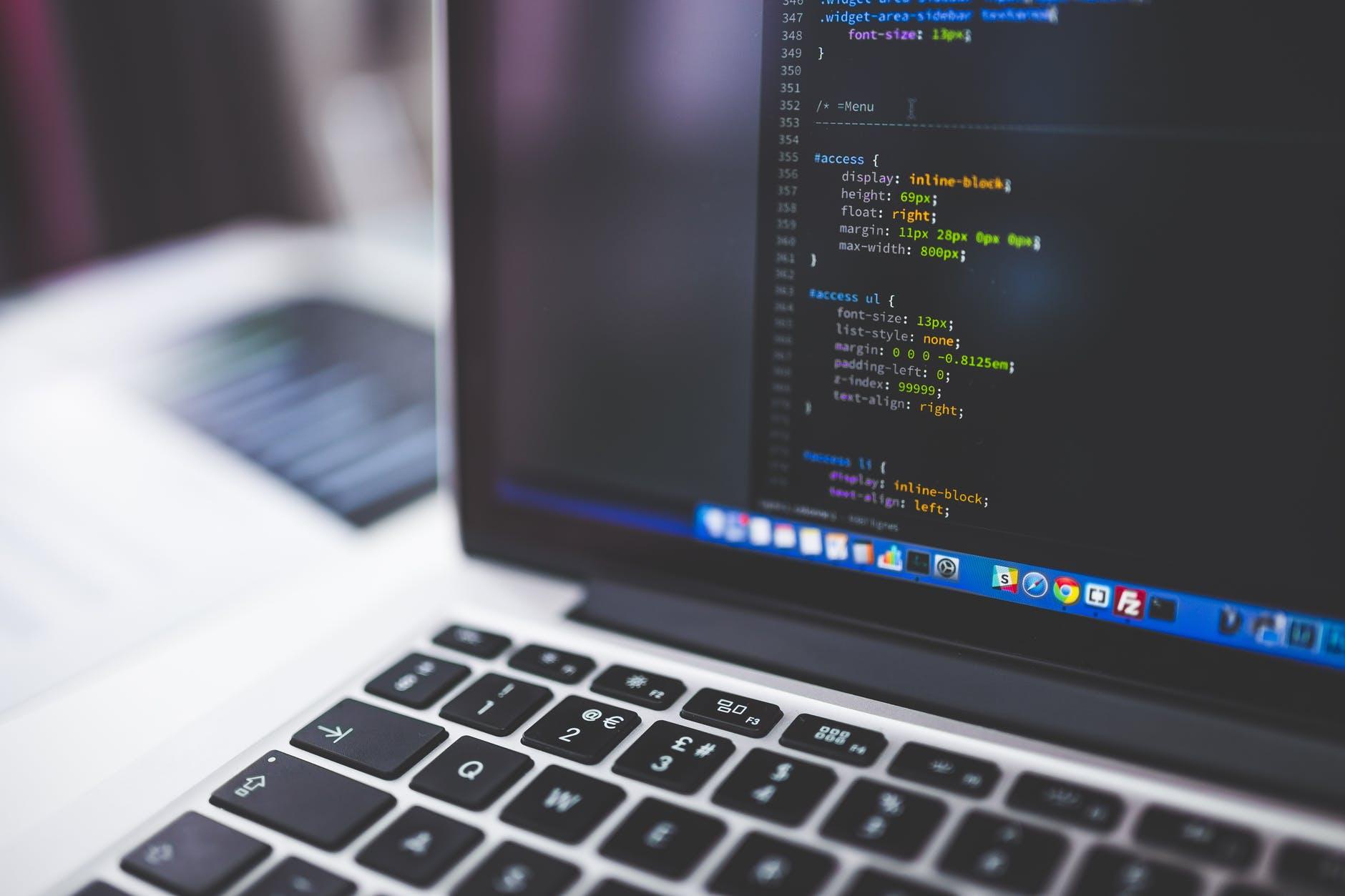 Fundacja Wielki Człowiek szuka Web Developera (WordPress)!